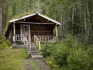 山林中的小木屋风景壁纸