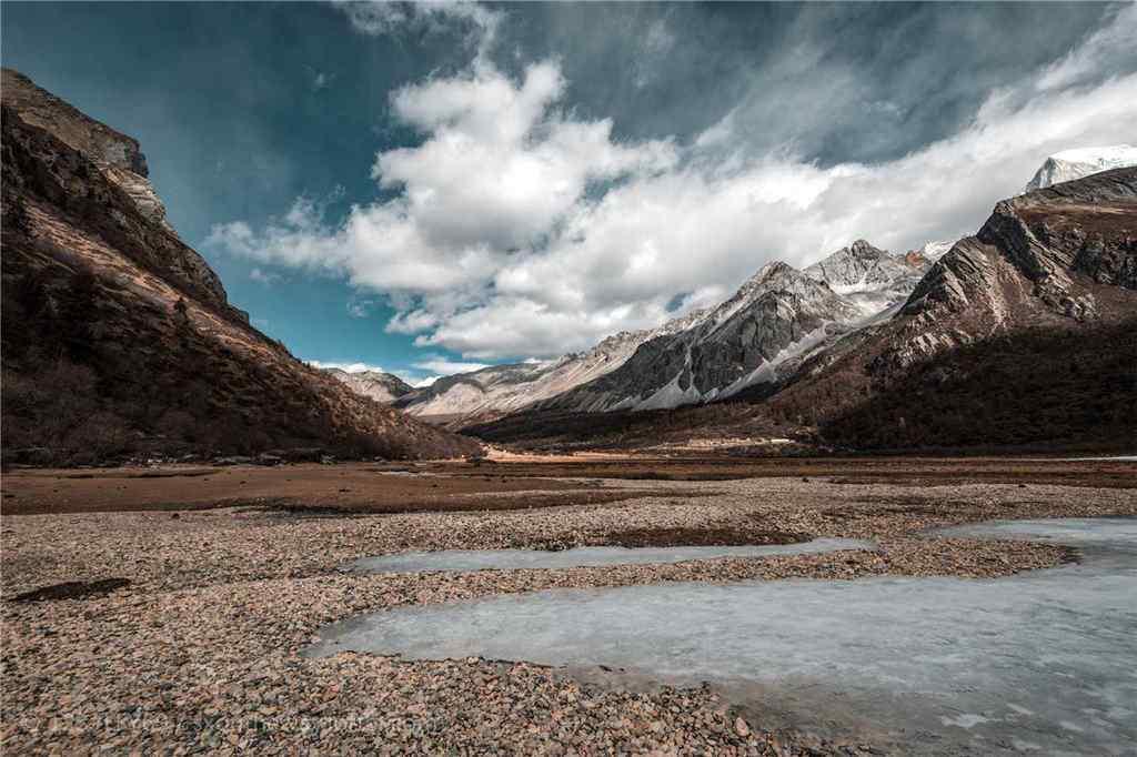 稻城亚丁壮观风景壁纸