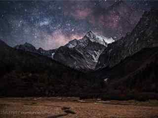 稻城亞丁之神山之上的星空(kong)