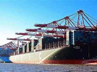 码头上的船只风景壁纸