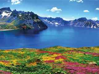 唯美的長白山(shan)天池(chi)景色壁紙(zhi)