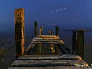 避暑圣地青岛的黄昏码头