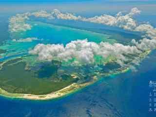 2017年8月日历海岛俯视风景壁纸