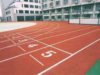 开学季之操场跑道风景壁纸