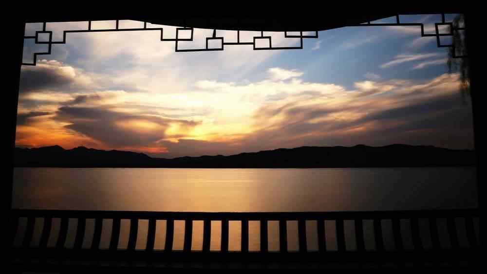 西湖夕阳美景桌面壁纸