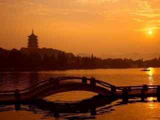 美丽的西湖黄昏风景壁纸