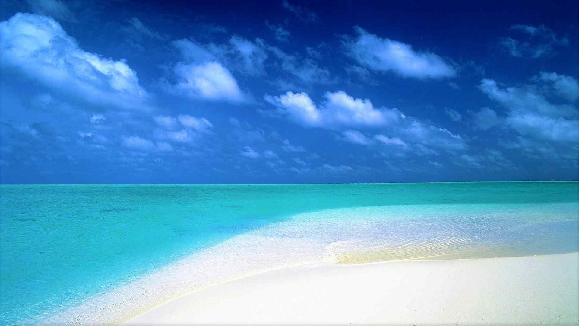 蔚蓝海洋风景图片高清壁纸
