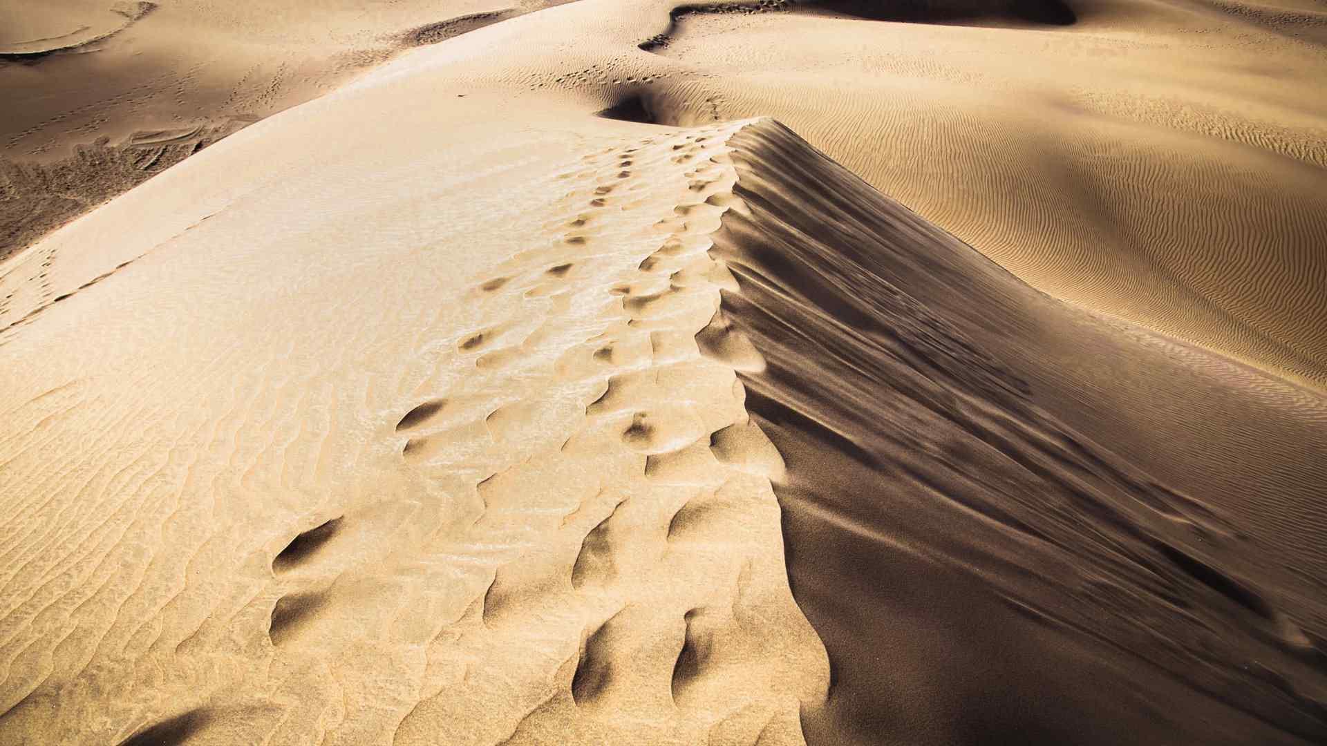 精选沙漠图片素材高清桌面壁纸