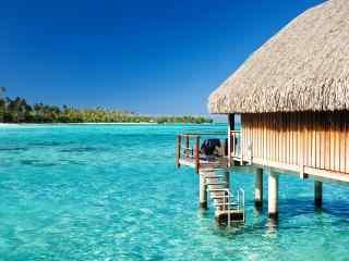 马尔代夫度假村局部风景图片高清壁纸
