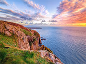 优美海边断崖自然风景壁纸