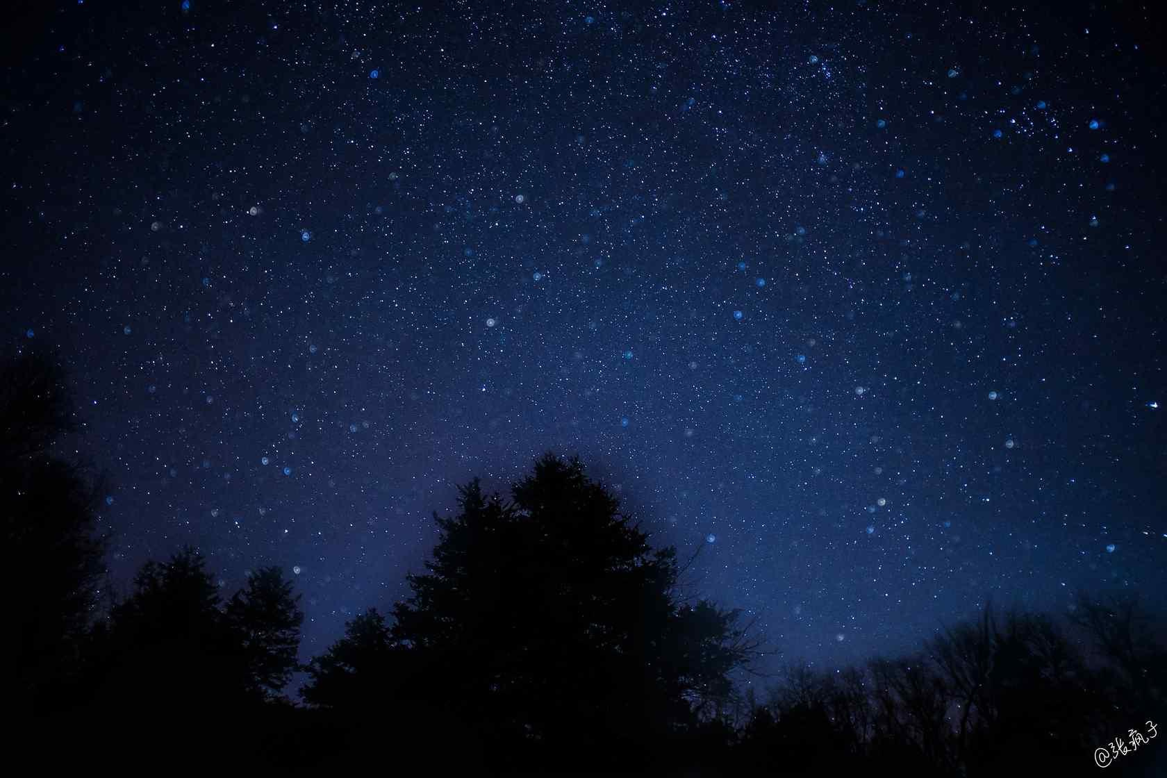 泸沽湖之星空夜景桌面壁纸