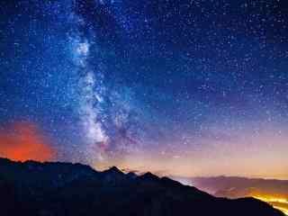 夜晚星空唯美高清图片桌面壁纸