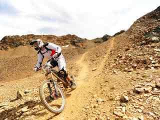 山地自行车越野高清壁纸