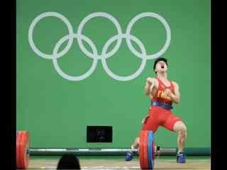 里约奥运会男子举重冠军龙清泉桌面图片