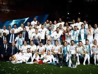 皇马2018欧冠冠军全体成员纪念图片