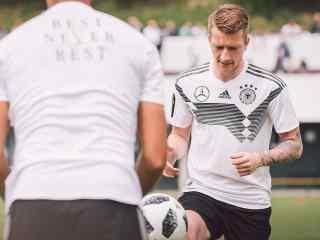 2018世界杯德国队帅气高清壁纸