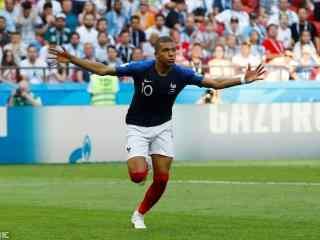 法国队天才前锋姆巴佩高清图片