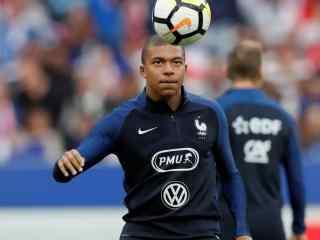 2018世界杯法国队姆巴佩训练高清壁纸